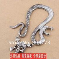 Серьги-клипсы The price Of the factory snake Ear hammer