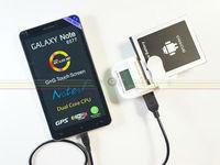Зарядное устройство для мобильных телефонов LCD Universal Travel Charger for mobile phone LCD USB Battery Charger