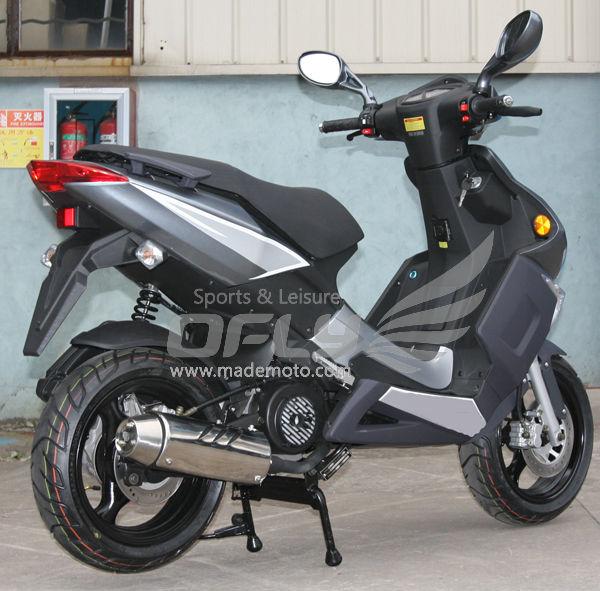 On Sale Moped Scooter MS1533EECEPA-right rear.jpg
