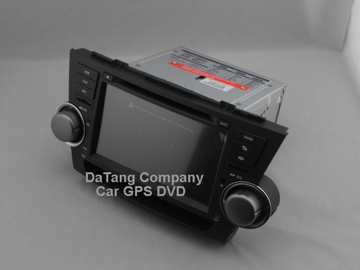 toyota-highlander-gps-dvd-leftside