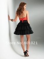 Fantastic A-line Strapless Strapless Satin Beaded Black Cocktail Dresses Short