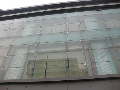 De la pared de cortina para el vidrio templado muros de for Muro cristal