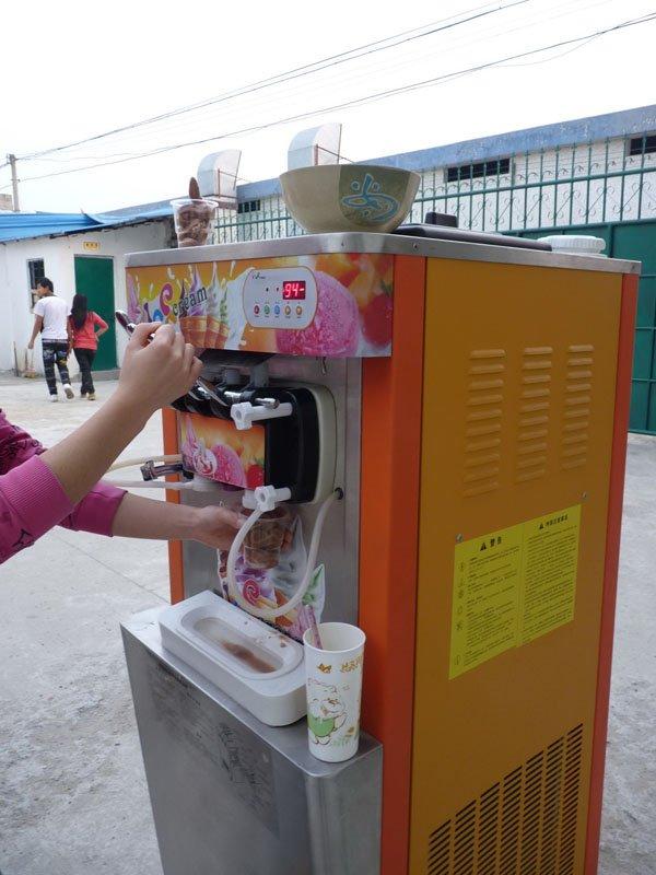 Bancada carrinho de sorvete freezer