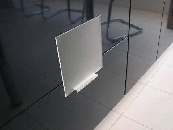 Anti-reflective_Coating_Low_Iron_Tempered_Solar_Glass