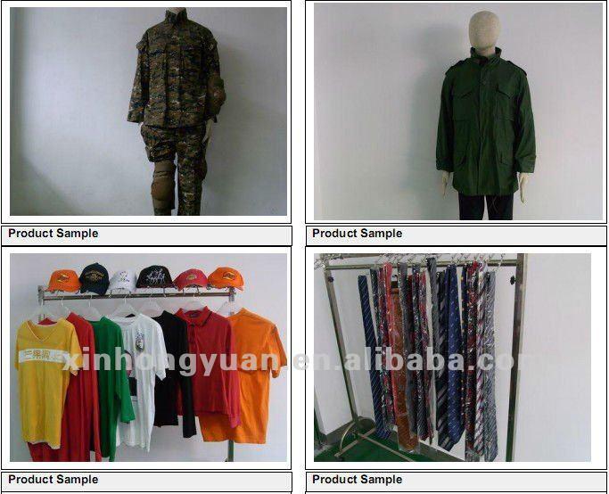 Alta quantidade de uniforme escolar