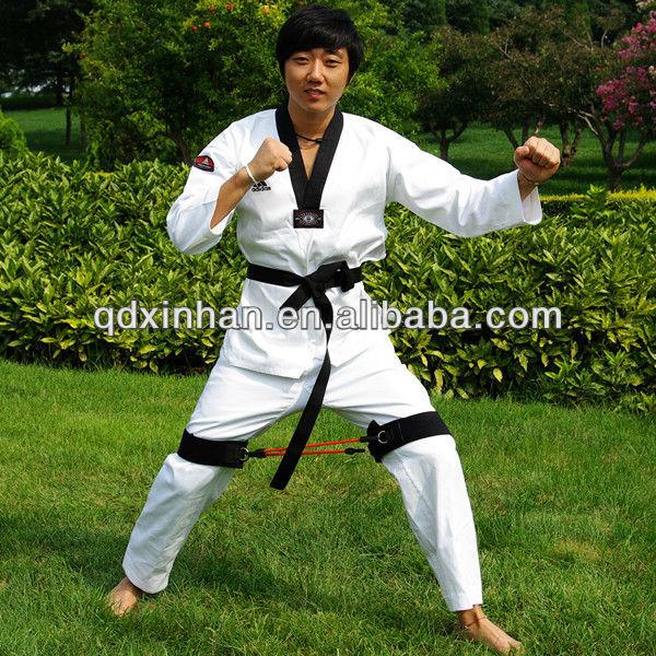 Taekwondo training exercises with elastic tubes
