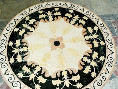 Black Floor Rug with a Modern Style Wavy Pattern BEST PRICE = £71