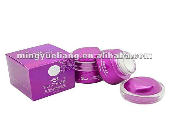 Petal infusions calming eye cream