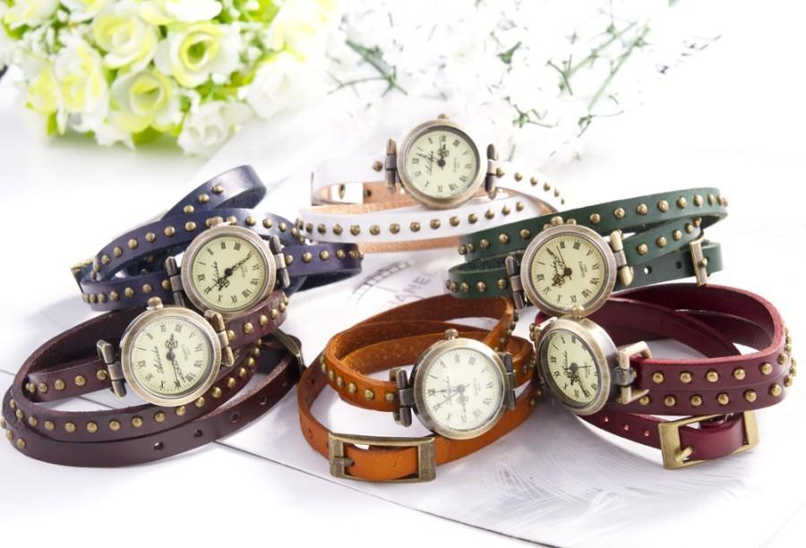 Женские часы с длинным ремешком просто созданы для людей которые привыкли выделяться из толпы. Часы на длинном ремешке притягивают взгляд и создают элегантность. Цена 490 рублей. Купить с бесплатной доставкой по России в Rise61.ru
