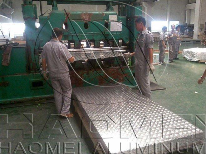 aluminum tread plate for anti-slip