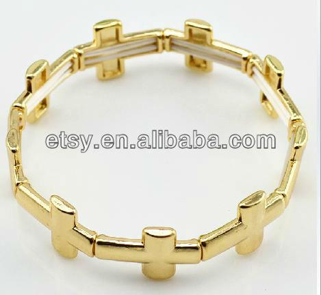 The Outlaw spike bracelet