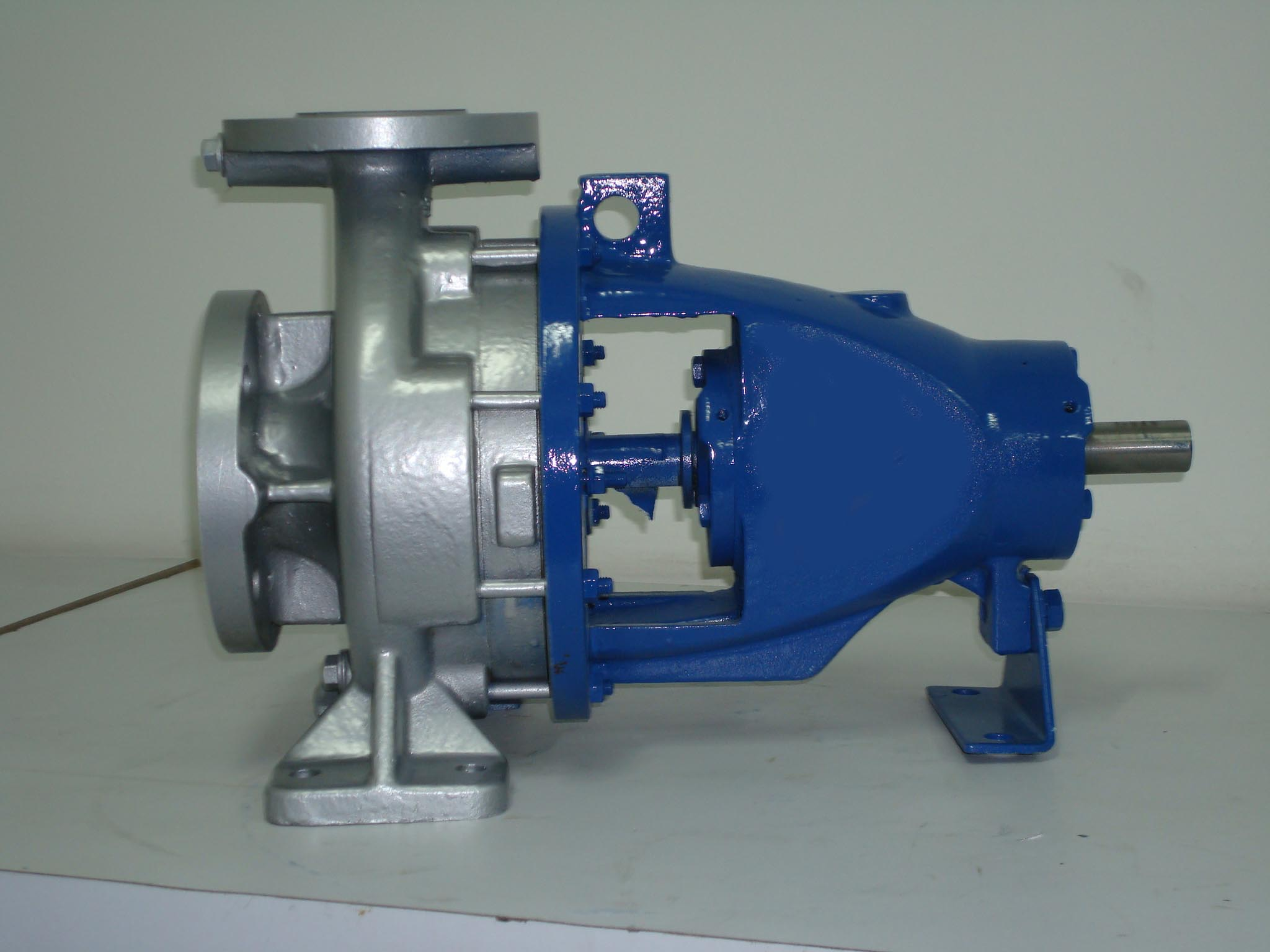 China supplier End suction pump,centrifugal submersible pump