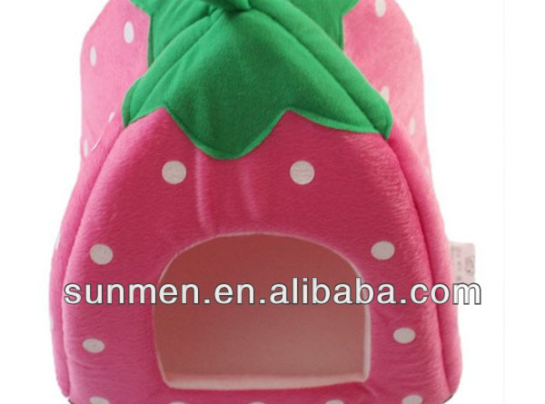 indoor Strawberry shape pet dog and cat house for sale