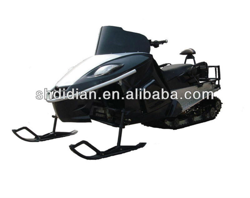 Romania prefer favor 800cc 3 cylinder EFI snowmobile/snow mobile/snow sled/snow ski/snow scooter with CE