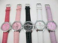 Наручные часы HelloKitty Bow Crystals Round Leather Quartz Lady Children Fashion Wrist Watch GL030707