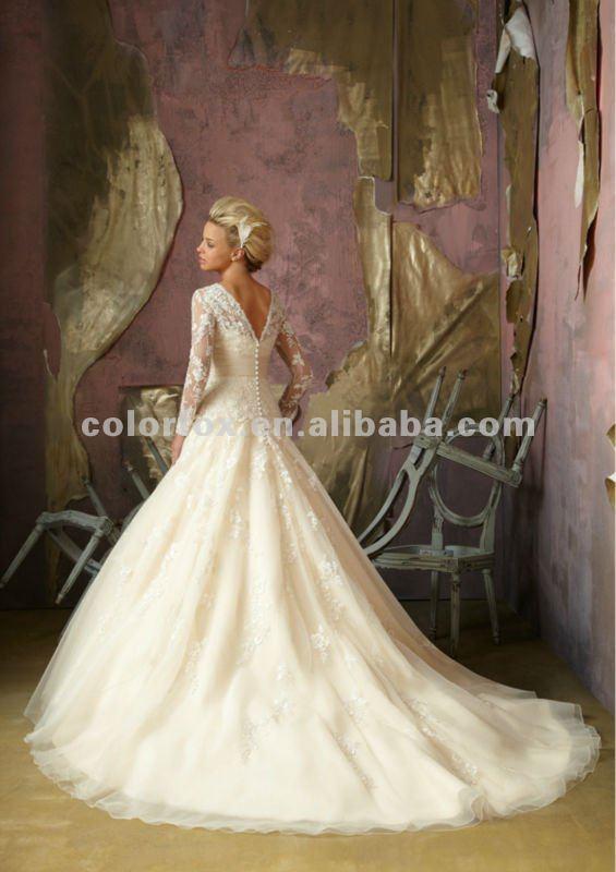 el más reciente bordado de encaje neto manga larga vestido de novia
