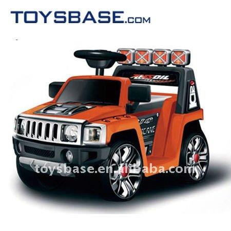 Dos desenhos animados e design bonito passeio em carro de brinquedo recarregável