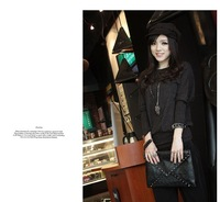 Free shipping 2012The Korean version of the envelope bag hand bag shoulder ladies bags