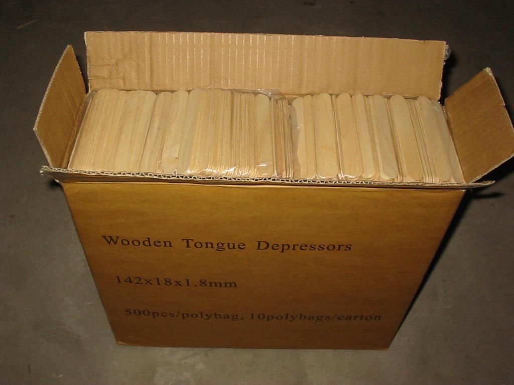 YDTP06         Wooden Tongue Depressors  142x18x1.8mm.jpg