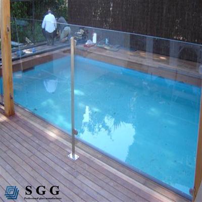Planes et courbes flexion en verre tremp pour balcon for Clotures de piscine en verre