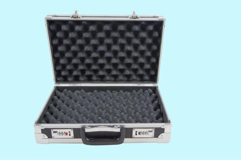 black small aluminum tool boxes