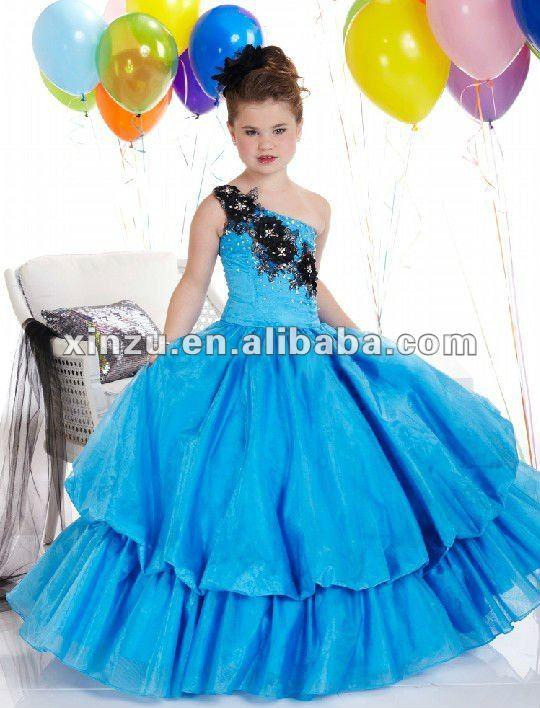 Vestidos De Presentacion Para Niña De Tres Años Imagui