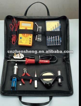 Soldering tool combination set