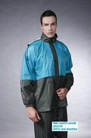 The fashion leisure outdoor raincoat, motorcycle rain suit thickening
