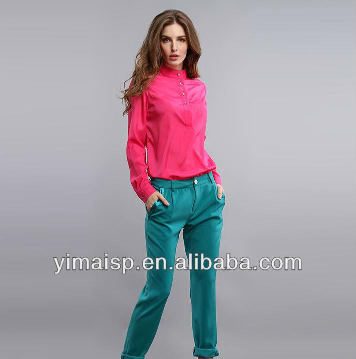 de manga larga de rosa blusa de señora con la tela chifon arriba la