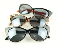 Женские солнцезащитные очки designer.glasses oculos oculos t3