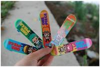 Мини Фингерборд 10pcs/lot Baby Funny Toys Finger Skate Boarding Mini Skateboards Toys TZ0517