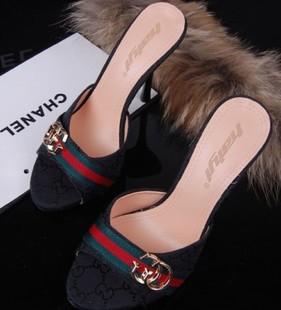 أحذية جديده للبنات 2014 أحذية 714371360_314.jpg