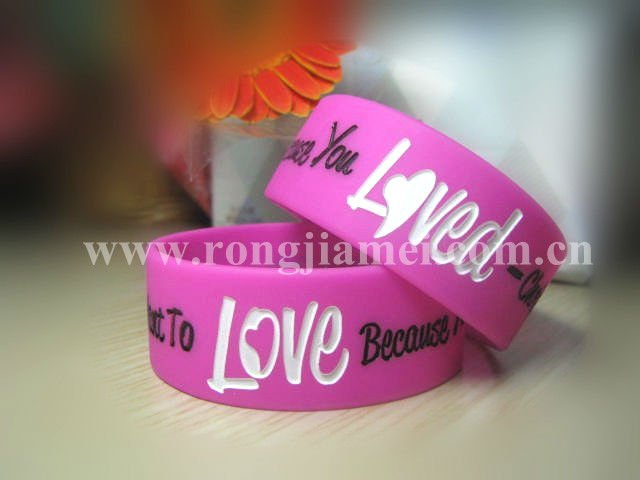 mixed colors silicone friendship bracelets 2013 with 100% silicone
