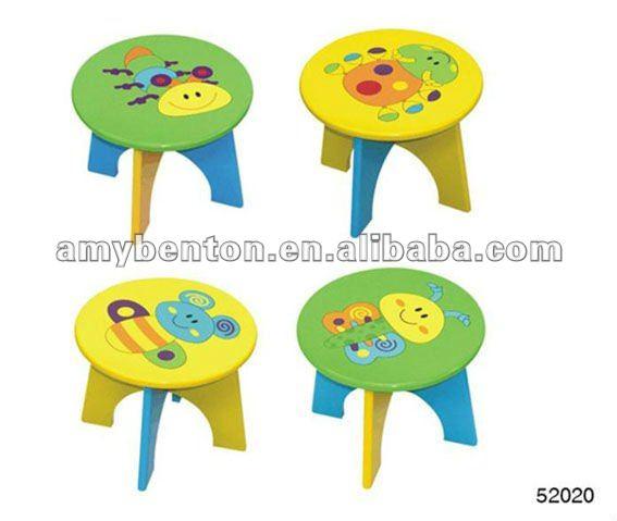 Dibujo sobre sillas de madera imagui for Silla madera ninos