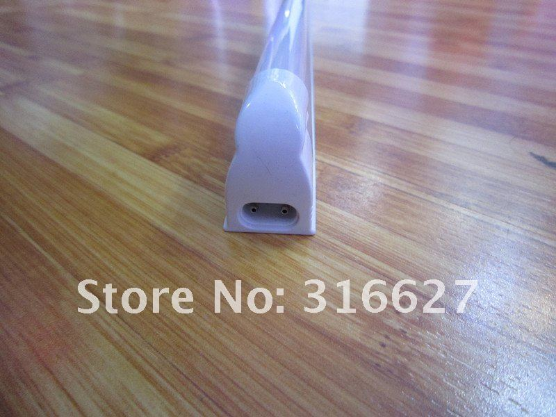 LED Tube light T5 0.9m 12w Color is White 132leds dirver is buid in (LY-TL111)