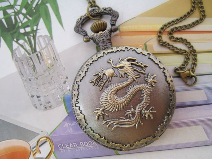 Free shipping Wholesale Retail Antique Bronze Dragon Pattern Big Size Quartz Pocket Watch Necklace