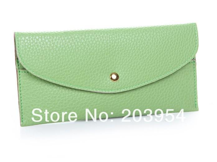 light green.jpg