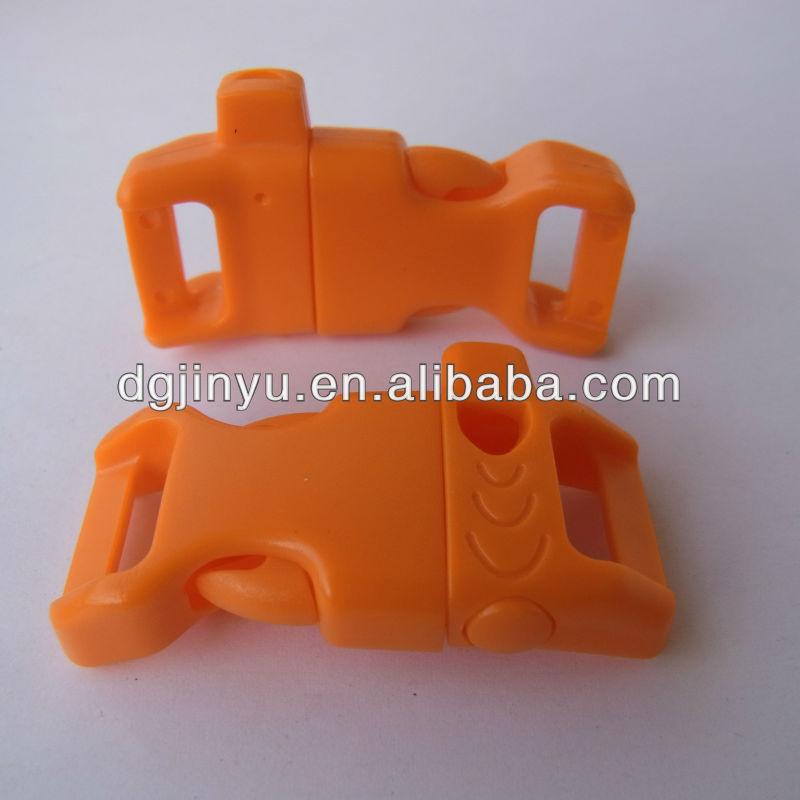 Durable whistle buckle for parachute survival bracelets