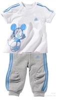 New, Free Shipping,hello kitty children suit children's T short sleeve + children's pants/Children summer clothes