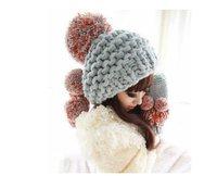 1 часть розничной продажи женщин шляпы зима вязаный аксессуар Леди Аксессуары для классического серого женщины шапки меховой шар леди