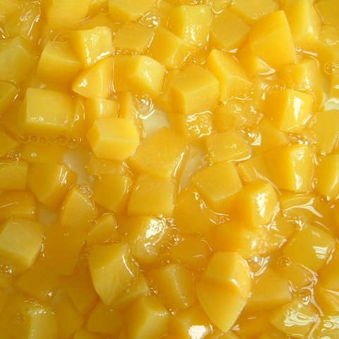 Canned_Yellow_Peach_in_Syrup