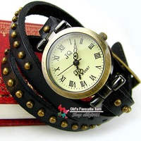 Наручные часы Retro and Punk Watch High quality ROMA watch header, hot sales Women Bracelet Watch for Christmas Gift