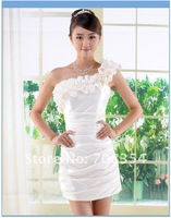 Women's Fashion Princess Wrinkle Wedding Gown/Wryshoulder Bridesmaid Dress/Bridal Gown