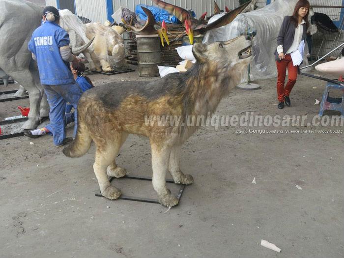 Animal Theme Park Animatronic Wolf.jpg