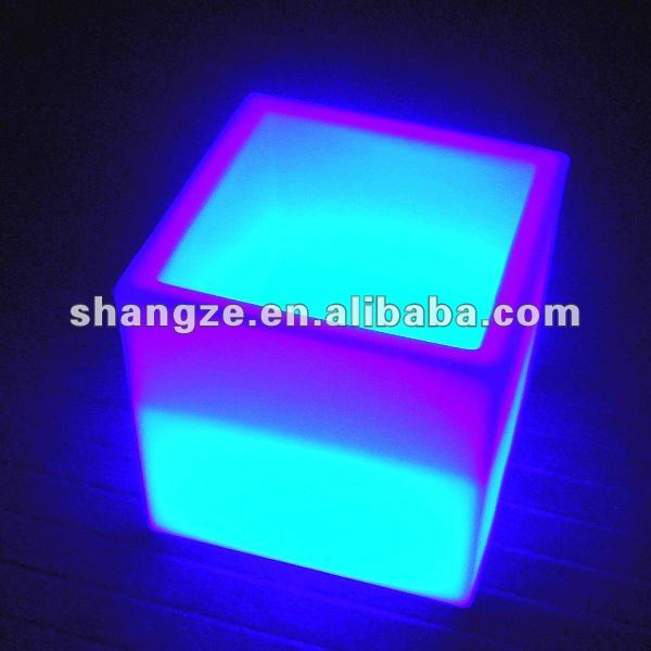 Waterproof outdoor plastic colors change led cube 20cm 30cm 35cm 40cm 50cm