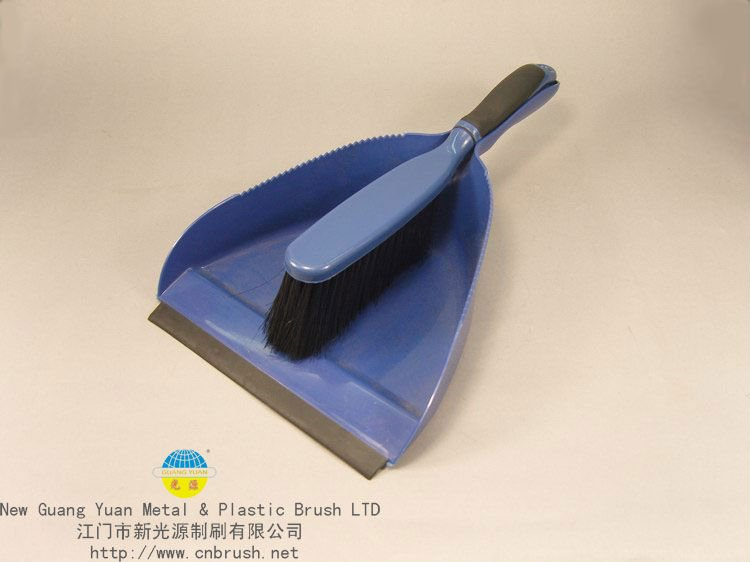 Item#CS-2 Duster&Dustpan