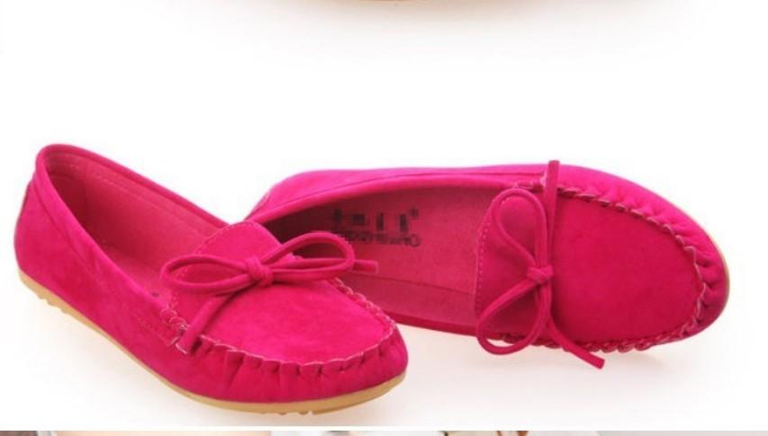 Женская обувь на плоской подошве  001