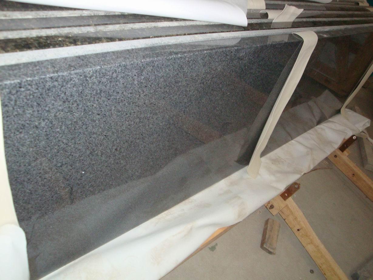Grijs graniet aanrecht in de keuken werkbladen, ijdelheid tops& ...