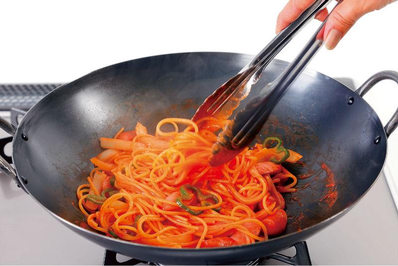La double poignée wok de fer of 36cm( 14.17in) peut faire de délicieuses tofu spo<em></em>ngieuxCommerce de gros, Grossiste, Fabrication, Fabricants, Fournisseurs, Exportateurs, im<em></em>portateurs, Produits, Débouchés commerciaux, Fournisseur, Fabricant, im<em></em>portateur, Approvisionnement