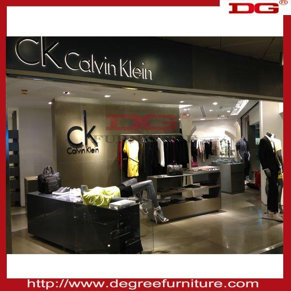 Interior design ideas for retail shop